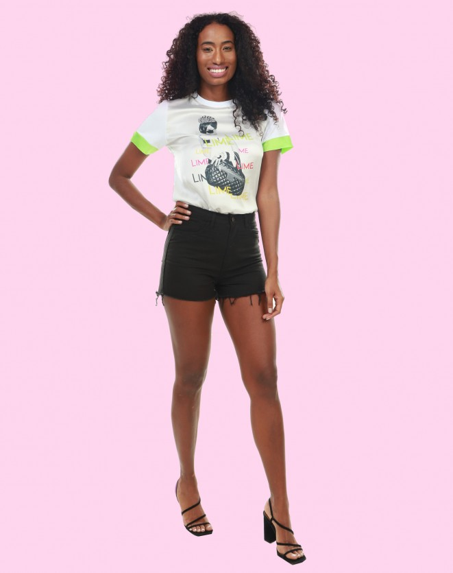 T-shirt feminina estampa frontal new princess